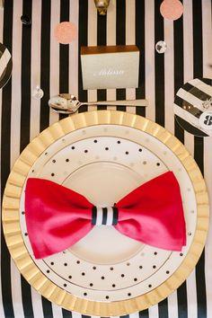"""""""飾りナプキン""""でゲストをお迎え♡可愛いナプキンの折り方をご紹介します♡にて紹介している画像"""
