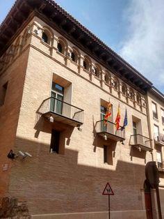 Palacio del Arcipreste de ls catedral de La Seo, también llamado de Arguillo. Sede del Justicia de Aragón.