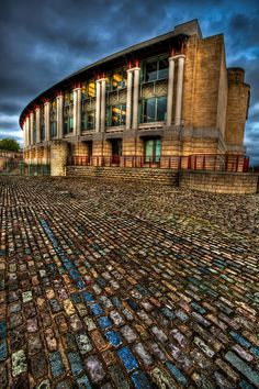 ✮ Cobble stone road leading to the Lloyds TSB Building - Bristol Harbor, England Bristol Cars, City Of Bristol, Bristol Uk, Bristol Fashion, Bristol Harbour, Bristol Street, Stone Road, Bristol England, City Break