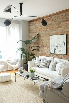 Living Room White Brick Wall Ideas Ideas For 2019 Chic Living Room, Home Living Room, Apartment Living, Living Room Designs, Living Room Decor, Living Room Brick Wall, Chicago Apartment, Brick Wall Decor, Apartment Therapy
