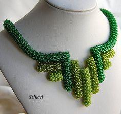 LIVRAISON gratuite collier plastron de rocaille vert perle déclaration, perles d'Art, perles tissage haute femmes mode bijoux d'été, un cadeau Unique pour elle, OOAK
