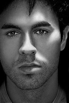 Enrique Iglesias by ~Electricgod on deviantART ~ tools used: mechanical pencils, ballpoint & gel pens Frm bd: Sketch Me Enrique Iglesias, Realistic Pencil Drawings, Amazing Drawings, Art Drawings, Charli Xcx, Celebrity Portraits, Pencil Portrait, Male Face, Gorgeous Men