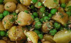 Erbsen-Kartoffelsalat mit Pfefferminzpesto