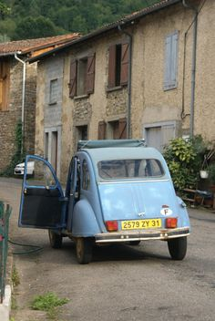 everyone's favourite French car - that or the DS!