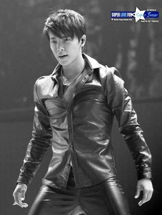 Donghae in leather... *>* my feels are trying to kill me