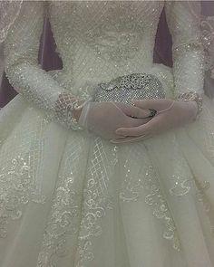 💎 Miss Bushra Kakar💎 Muslim Wedding Dresses, Blue Wedding Dresses, Gorgeous Wedding Dress, Wedding Dresses Plus Size, Princess Wedding Dresses, Bridal Dresses, Cinderella Wedding, Lace Dress With Sleeves, Wedding Dress Sleeves