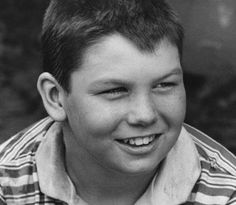 Jerry O'Connell during filming for Stand By Me