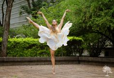 Bailarina Aline Araujo Assistente: Marcia Regia