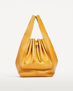 Изображение 2  от МЕКА КОЖЕНА ЧАНТА ТИП BUCKET BAG  от Zara