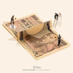 """. 10.14 fri """"Money game"""" . 「ここは私が払います」 「そんないけません、私が払います」 「いえいえ、やはりここは私が」 「いえいえいえいえ、ここは私が」 「いえいえいえいえい(以下略) . #本音と建前 #ラリー  #Tennis #Money . —————— #銀座で展覧会開催中です #詳しくはプロフィールのurlから"""