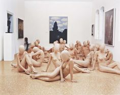 VANESSA BEECROFT VB47.377.dr (Peggy Guggenheim Collection, Venice), 2001