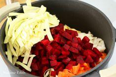Barszcz ukraiński - znakomita i pożywna zupa - Madame Edith Coconut Flakes, Spices, Food, Spice, Essen, Meals, Yemek, Eten