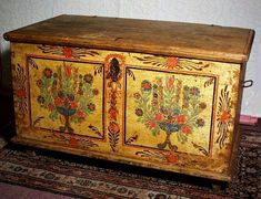ANTIQUE PAINTED BLANKET CHEST DATED 1833
