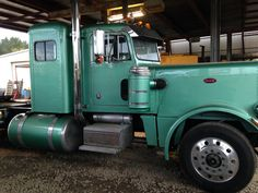 Peterbilt 359, Peterbilt Trucks, Semi Trucks, Big Trucks, Hot, Classic Trucks, Big Rig Trucks