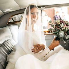 Wedding Looks, Wedding Pics, Wedding Trends, Dream Wedding, Wedding Blog, Designer Wedding Dresses, Bridal Dresses, Bridal Veils And Headpieces, Wedding Photography Inspiration
