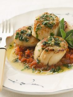 Leeks and Scallops with White wine sauce