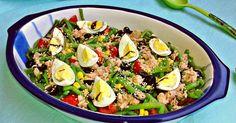 Tasty Tomato Salad And Green Beans In Lemon Sauce Tomato Salad, Pasta Salad, Cobb Salad, Italian Green Beans, Green Bean Salads, Lemon Sauce, Vegetable Drinks, Bon Appetit, Cooking Recipes