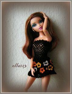 Blog o Barbie Fashionistas firmy Mattel, próbach tworzenia dla nich ubrań oraz o sztuce fotografii: Chelsea Ultra Glam