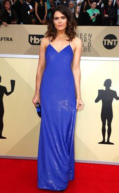 Mandy Moore from 2018 SAG Awards Red Carpet Fashion  In Ralph Lauren