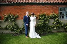 beautiful relaxed wedding photography at the granary barns suffolk