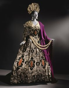 Erté (Romain de Tirtoff), Costume for Ganna Walska as Elvira in 'Don Giovanni' (Don Juan); Woman's Headdress and Gown, circa Theatre Costumes, Ballet Costumes, Movie Costumes, Vintage Outfits, Vintage Dresses, Vintage Fashion, Harlem Renaissance, Costume Hollywood, Ballet Russe