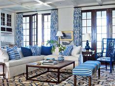 einrichtungsbeispiele maritime deko krake blau wohnzimmer eingang blaue gardinen