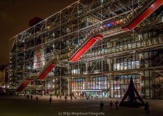 Late night scene Centre Pompidou - Paris