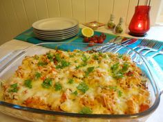 kyllingform Moussaka, Poultry, Quiche, Mashed Potatoes, Cauliflower, Macaroni And Cheese, Nom Nom, Chicken Recipes, Bacon