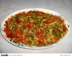 The Sign of Turkish Cuisine! 21 Appetizers and Recipes That Will Feed You Fingers - mezeler salatalar - Veggie Recipes, Salad Recipes, Vegetarian Recipes, Cooking Recipes, Veggie Food, Turkish Salad, Turkish Recipes, Ethnic Recipes, Appetizer Salads