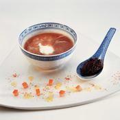 Soupe de tomate froide au basilic - une recette Soupe - Cuisine