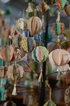 Love these paper ornaments . did make some that were quite lovely, if I do say so myself (Diy Paper Lanterns) Christmas Paper, Diy Christmas Ornaments, Homemade Christmas, Christmas Time, Recycled Christmas Cards, Make Christmas Decorations, Vintage Christmas, Christmas Projects, Holiday Crafts