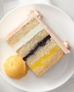 New Takes on Traditional Wedding Cake Flavors | Wedding cake flavors ...
