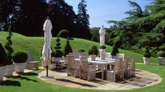 Outdoor Dining Area - Randle Siddeley