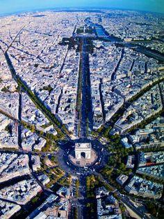Stunning view over Paris and Champs-Élysées