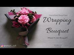 Wrapping Bouquet of Flowers by S Nuraeni - Cara Membungkus Buket Bunga Flanel Felt Flower Bouquet, Bouquet Wrap, Hand Bouquet, Diy Bouquet, Felt Flowers, Diy Flowers, Bouquets, Flower Shop Design, Felt Flower Tutorial