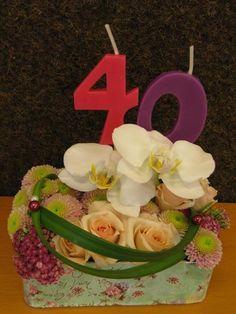 Caixeta amb flors per un 40é aniversari