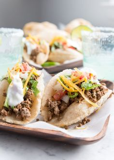 Celebrate with these gloriously chewy, yet still kinda crunchy.not hard but also not soft either, deliciously deep-fried grain-free puffy tacos! Paleo Tacos, Gluten Free Tacos, Healthy Gluten Free Recipes, Paleo Food, Healthy Foods, Healthy Eating, Puffy Tacos, Soft Tacos, Mexican Food Recipes