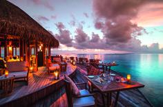 Restaurant im Hotel Mirihi Island Resort http://blog.globusreisen.ch/2015/12/01/malediven-traumhafte-badeferien/