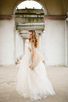Rustic   Whimsical Fall Wedding Inspiration   bellethemagazine.com