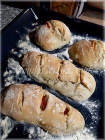 Portuguese Recipes, Portuguese Food, Food Wishes, Tasty, Yummy Food, Pizza, Chocolate, Hot Dog Buns, Bread Recipes