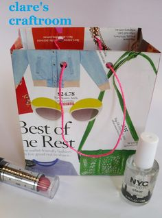 clare's craftroom: it's in the bag... How to make gift bags.