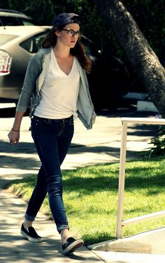 Kristen Stewart Out & About In L.A. - July 8, 2013