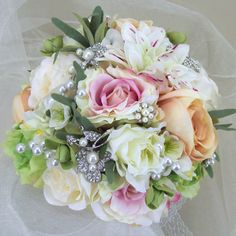 ABB001 Summer Sparkle Wedding Bouquet : Summer Sparkle Wedding Bouquet - only £95