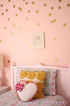 DIY gold polka dot wall with instructions!