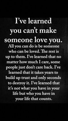 Looking for for real friends quotes?Browse around this website for very best real friends quotes ideas. These amuzing quotes will make you enjoy. Motivational Quotes For Life, Quotes Positive, Meaningful Quotes, Happy Quotes, Inspiring Quotes, Inspirational Quotations, Inspirational Thoughts, Quotes Loyalty, Wisdom Quotes
