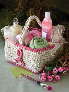 what a beautiful basket.. i think i make some of this