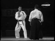 Aikido vs Karate Demonstration