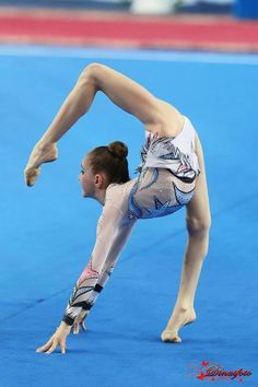 rhythmic gymnastics (okay... this is just plain freaky awesome)