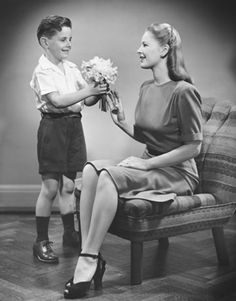 Mother's Day flowers, late 40's. If I have a son, he better be this nice to moi.
