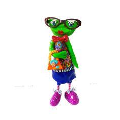 Whimsical frog sculpture, frog decor, frog decoration, frog sculpture, green frog,frog art , home decor, prince